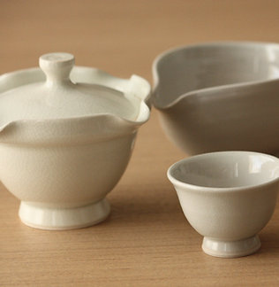 Teapot, cooler bowl and cups 四つ口急須セット