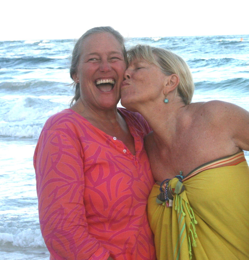 martha and me kiss sq