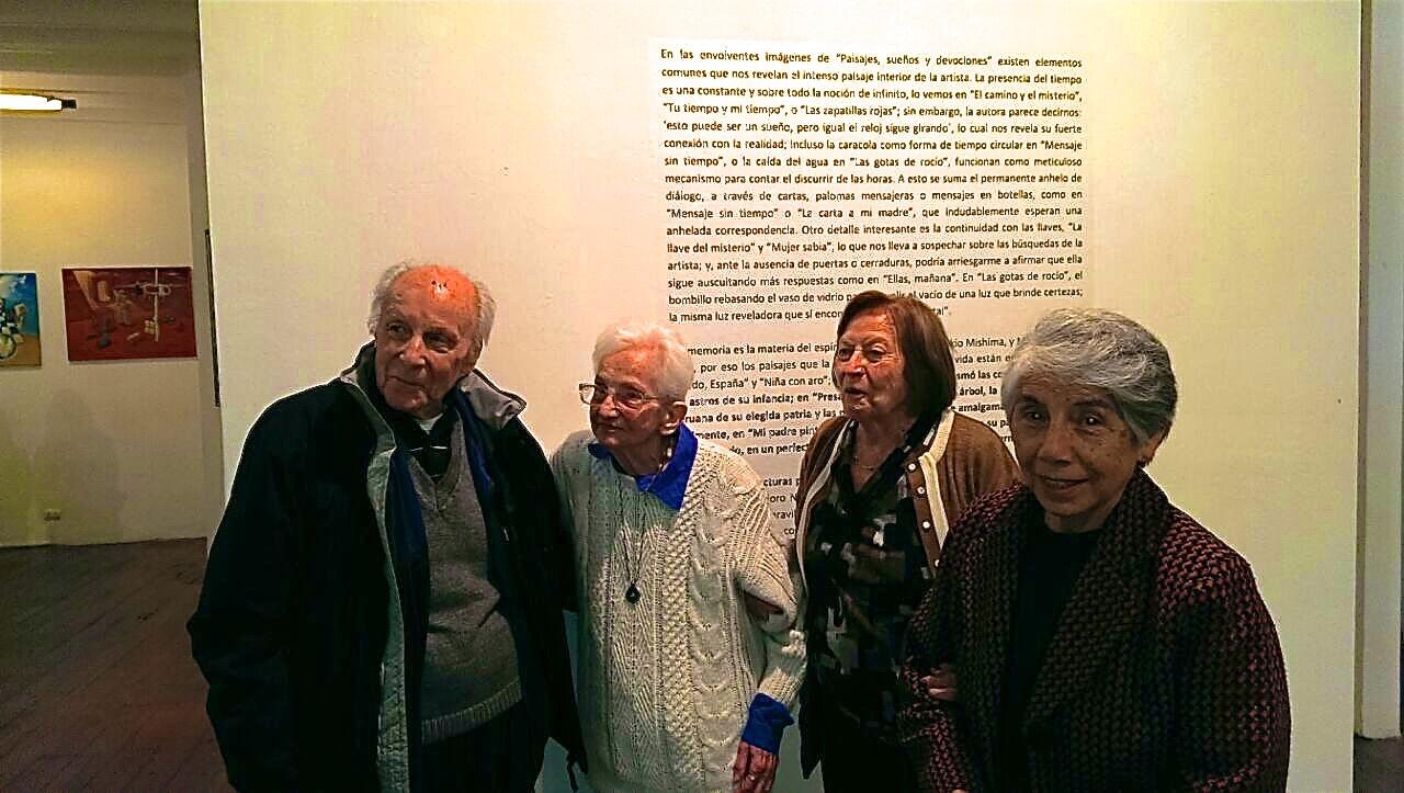 La familia en la galería