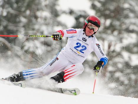 Чем отличаются горные лыжи для слалома (SL) и гиганта (GS).
