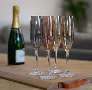 Handpainted Champagne Flutes by LSA-1.jp