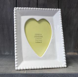 White Heart Photo Frame-1.jpg