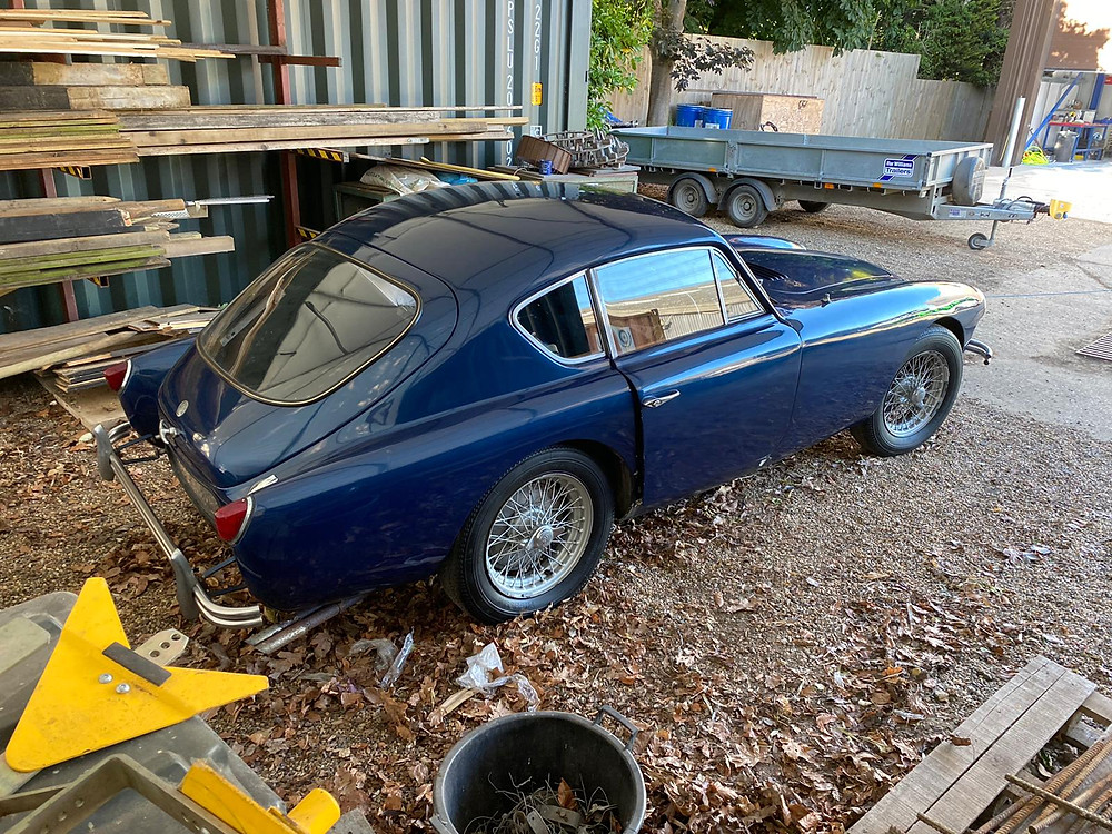 1960 AC ACECA stored since 1985 needed some in depth valeting and detailing.