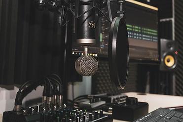 studio-4065108_1280.jpg