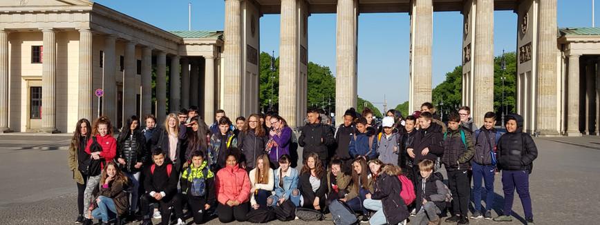 Le groupe devant la Brandenburger Tor