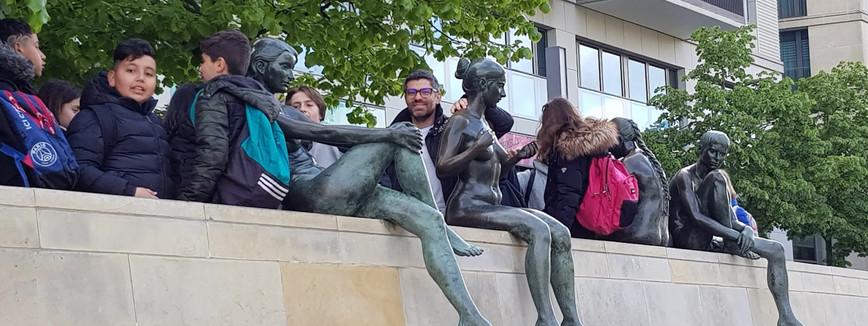 Three girls, a boy and the great Mr Di Genova!!