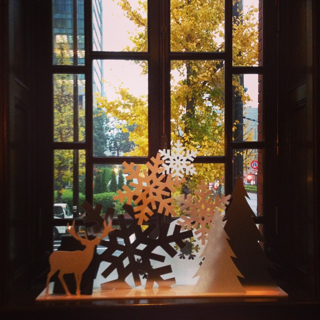 Instagram - 窓辺も素敵だった〜  #CAFE1894 #美術館 #カフェ #museum #コーヒー #coffee #cafelate #カフェラ