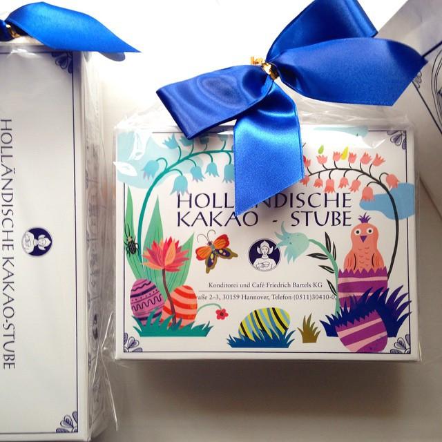 Instagram - 朝起きたら嬉しいプレゼントが! わぁ、食べてみたかったんだぁ。 そして、何てかわいいパッケージなの! シールやら紙袋から可愛くて、 しば