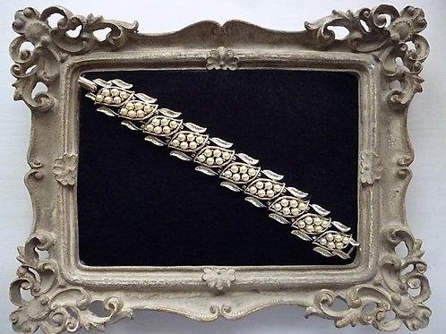 CORO Pearl Bracelet