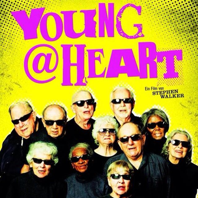 Instagram - 平均年齢80歳のコーラス隊。 彼らが歌うのは、 パンクやロック。 ボブ・ディランや、ソニック・ユース、そしてクラッシュも!  同じロック