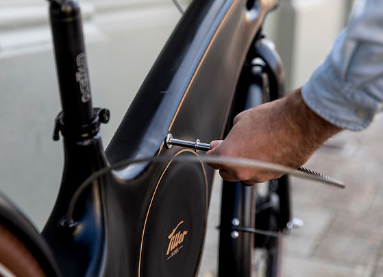 Tiller Rides Roadster e-bike on-board cable lock