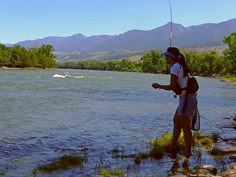 Flyfishing the Yellowstone River, Paradise Valley, Montana, Mimi Matsuda