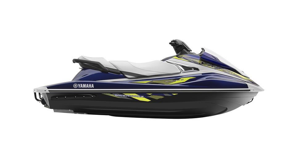 2017-Yamaha-VX-Deluxe-EU-Yacht-Blue-Metallic-Studio-002.jpg