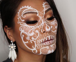 Henna face.jpg