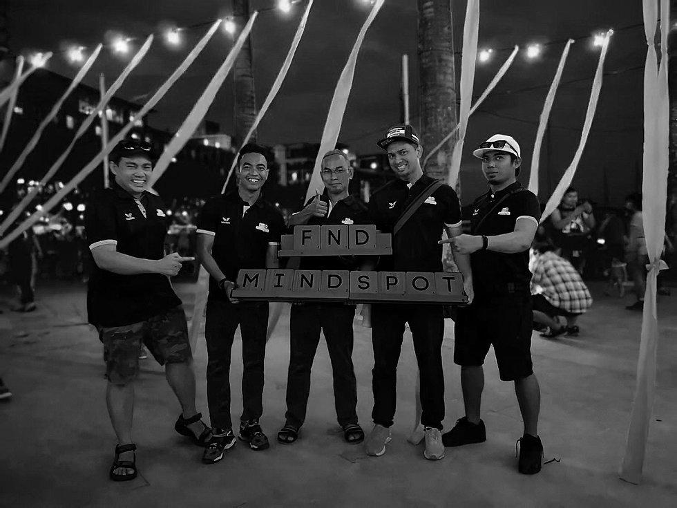 Team di Iskandar B&W.jpg