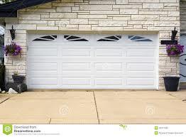 garage door 3.png