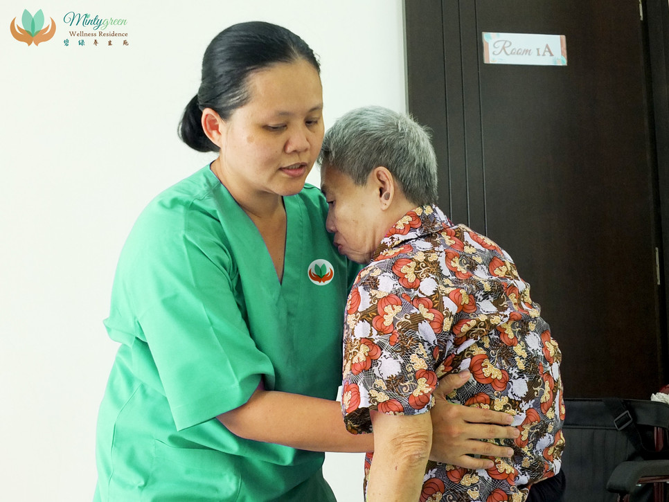 mintygreen nurse ms chua 2.jpg