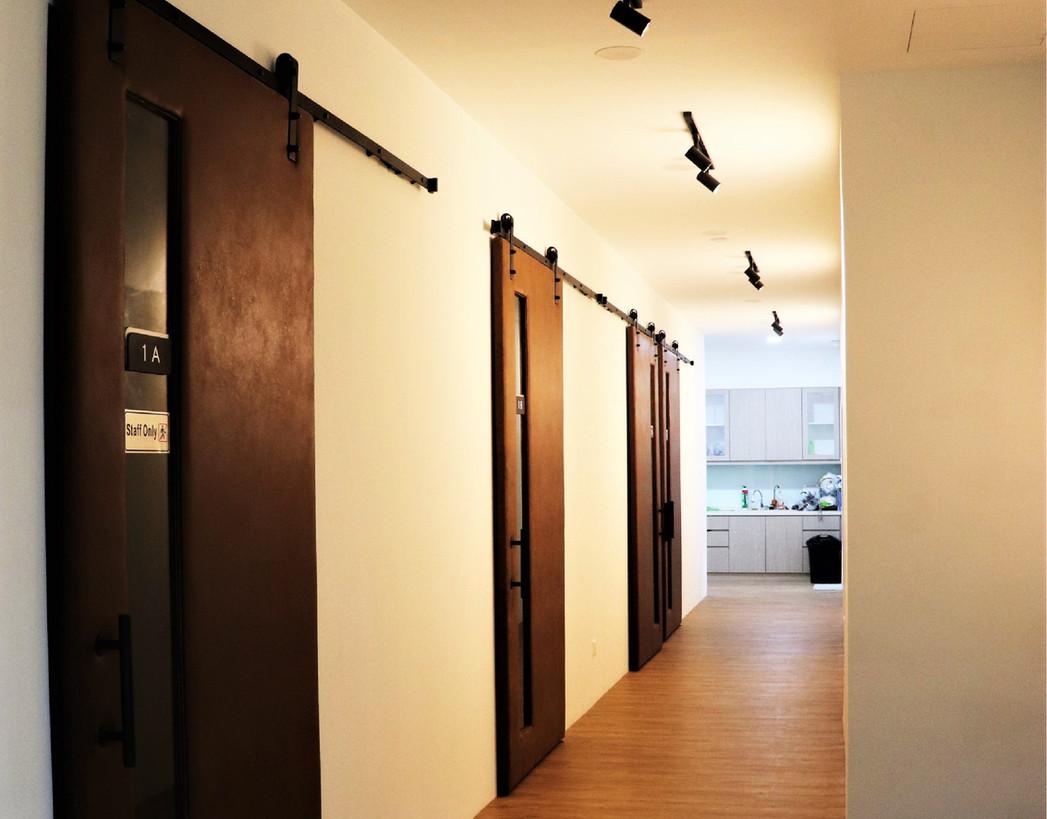 Mintygreen Nursing Home KL Corridor