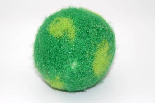 Filzball Grün mit Rassel