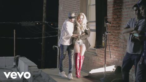 """Rita Ora ft. Chris Brown """"Body On Me"""""""