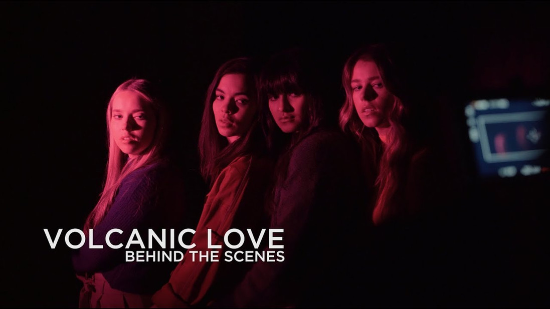 "THE ACES ""VOLCANIC LOVE"""