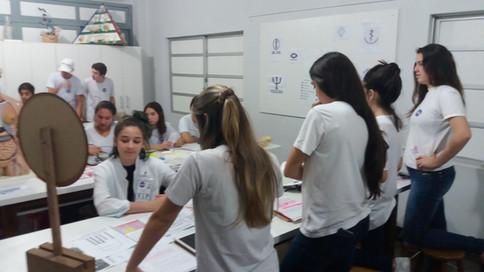 Projeto Roleta de matemática: profissões
