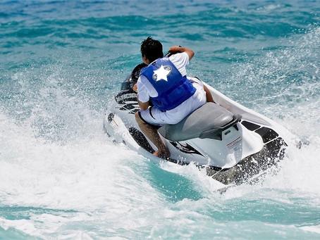 特殊小型船舶免許を取得して水上バイクに乗ろう!
