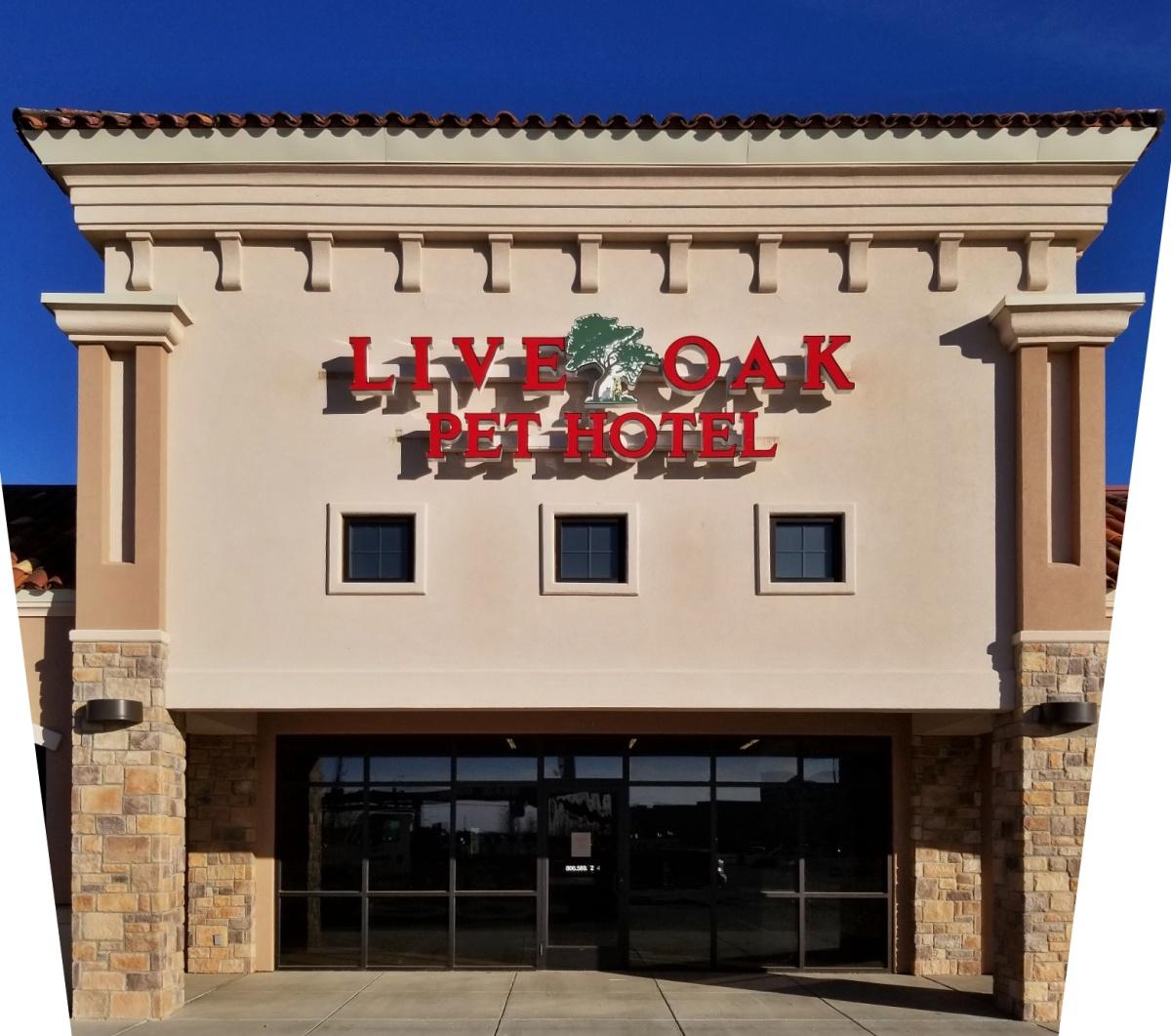 Live Oak Pet Hotel