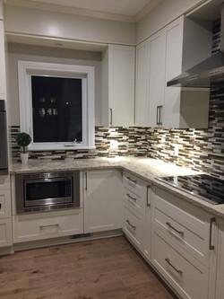 Kitchen Finishes / Finis de Cusine