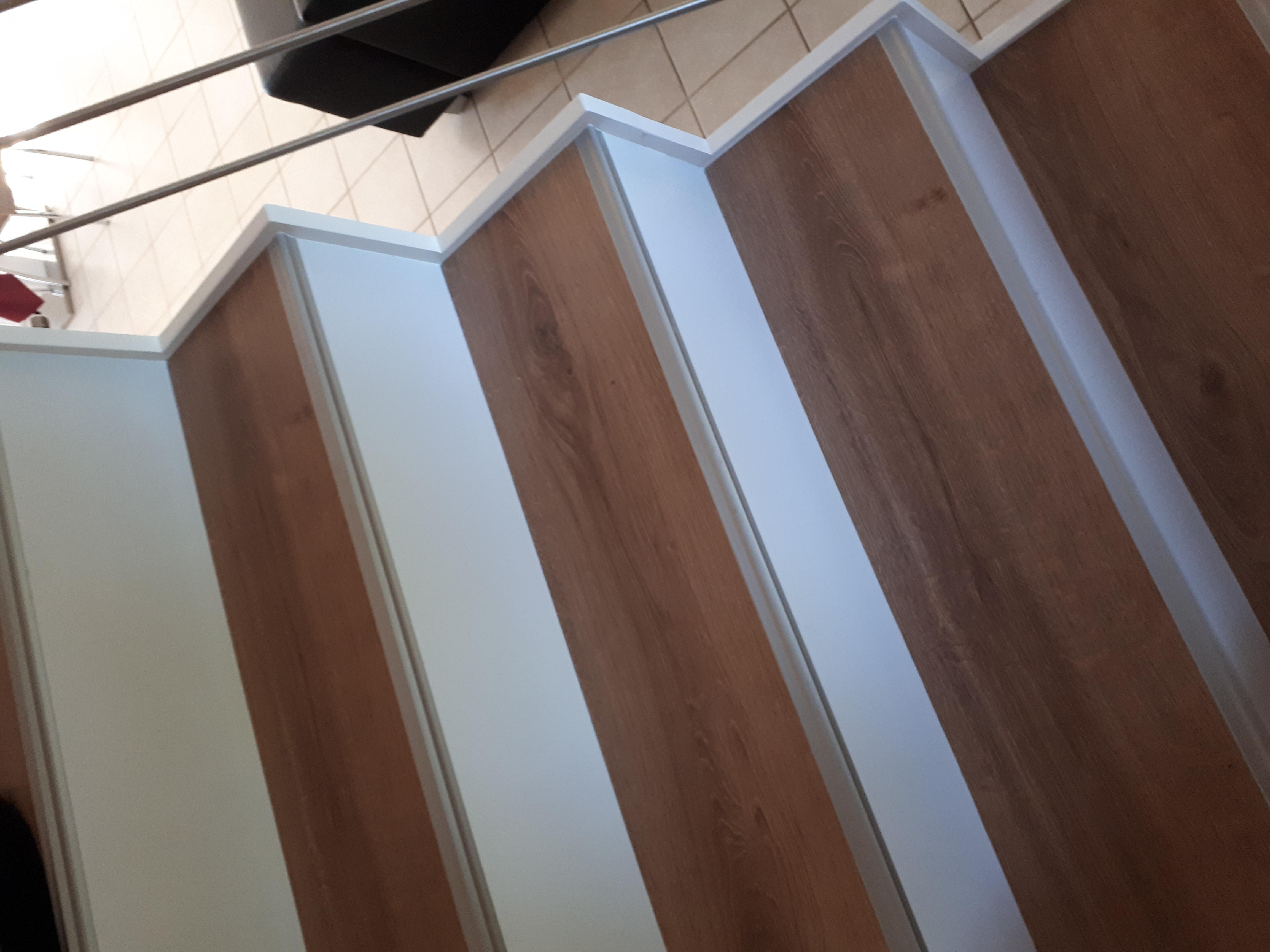 habillage d'un escalier béton carrelé par système Maytop