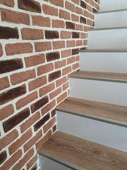 Habillage escalier béton en bicolor
