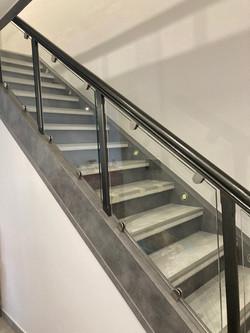 Habillage escalier et verre en remplacement des balustres