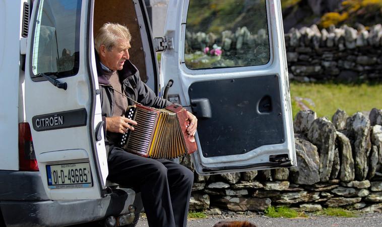 Roadside Entertainment the Irish Way