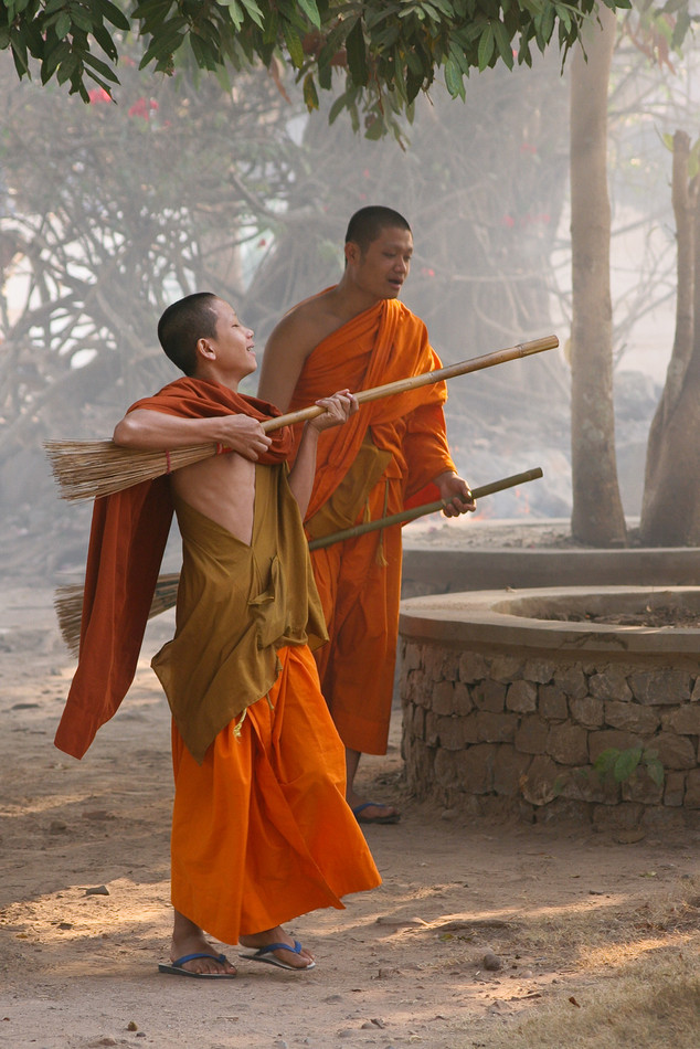 Monks Air Guitar
