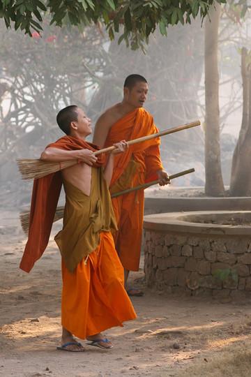 Monks Air Guitar