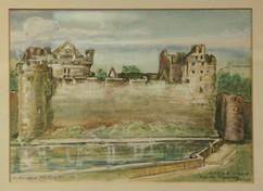 Castle in Cahir County Ireland.jpg