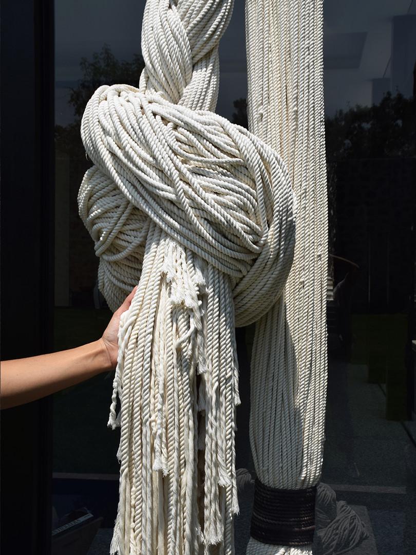Instalacion textil: Cuerda | TexturaInstalacion textil: Cuerda TrenzadaInstalación textil: Cuerda Trenzada