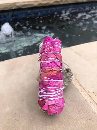 White Sage with Pink Petals (Heart Chakra)