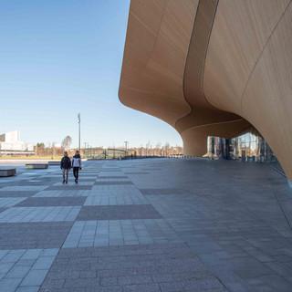 19.3.2020 alkoi poikkeustila Suomessa. Helsingin keskustassa oli hiljaista.