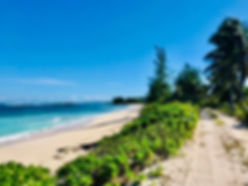 Beachroad along Casauarina Bay.