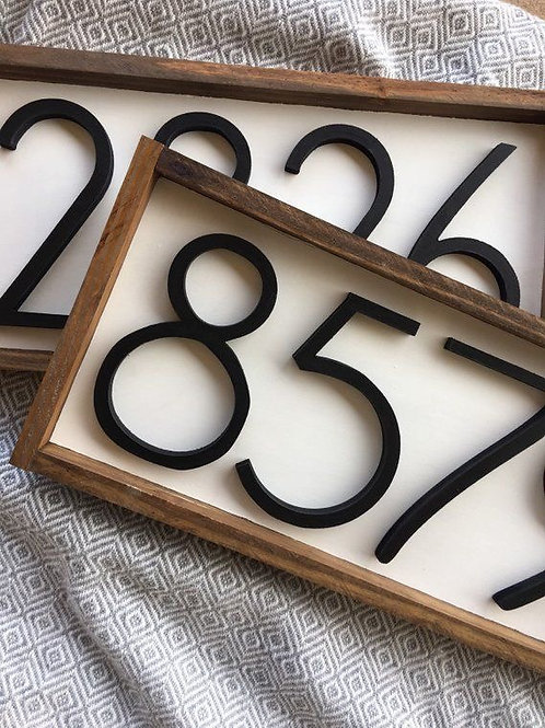 House numbers with frame 4 numbers