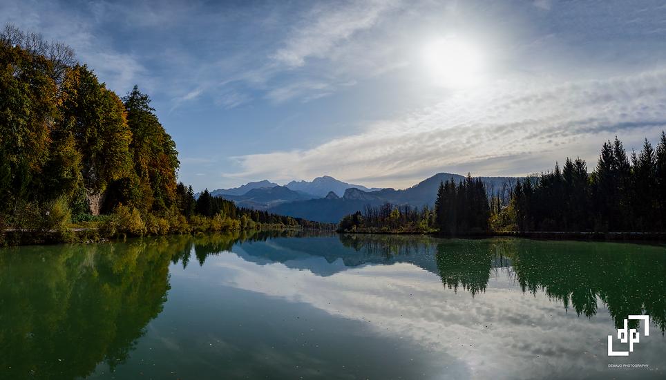lake panorama_0,33x DP.png