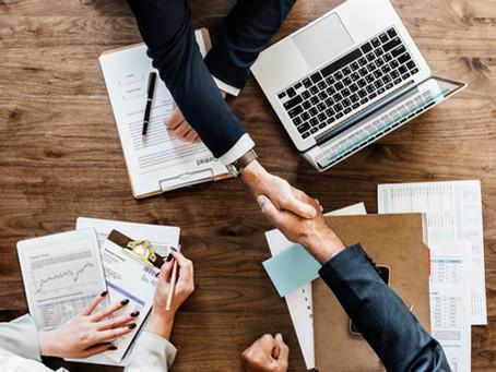 L'apport cession de titres et l'obligation de réinvestissement incombant à la société holding