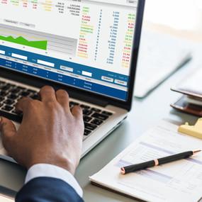 5 questions à se poser avant de se lancer seul dans la gestion comptable de sa location meublée