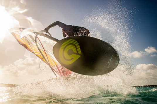 Kitesurf Windsurf Foil True media cultur