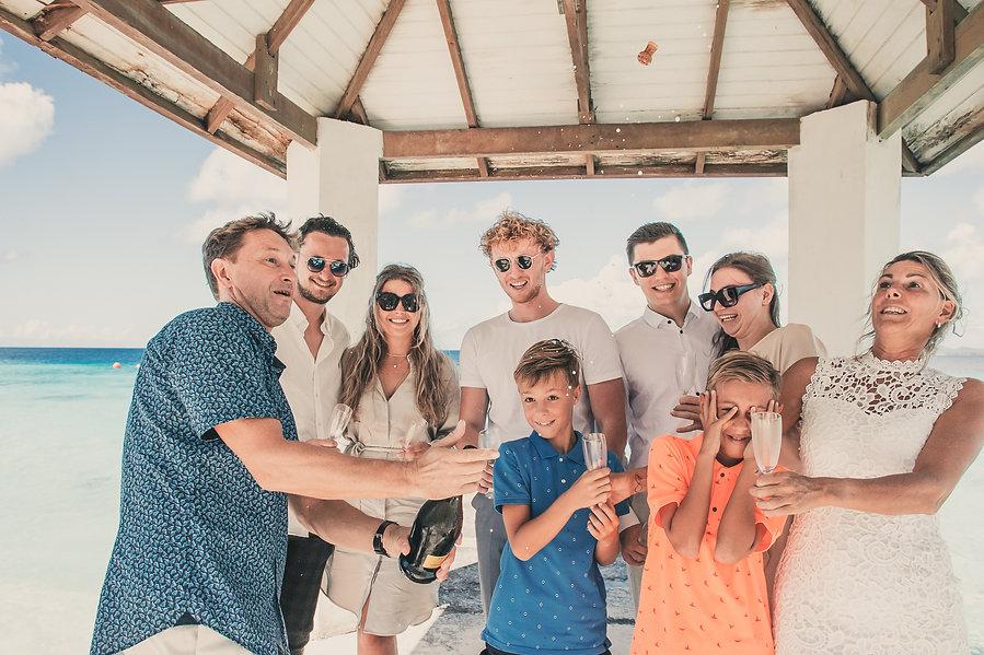 Wedding Trouwen Trouwerij Bonaire Kralen