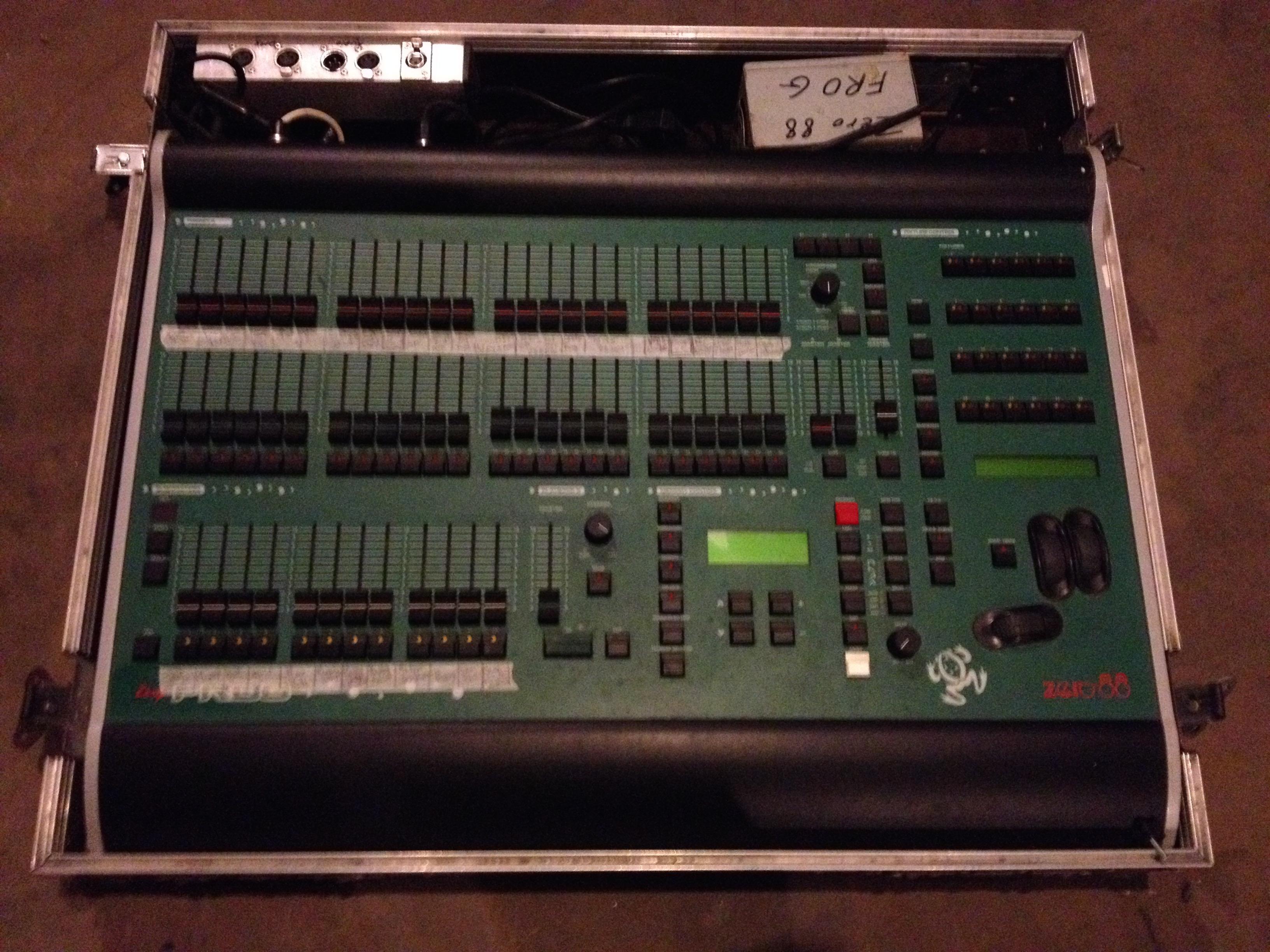 Console lumière Frog Zero 88