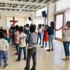 難民學校活動
