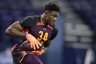 Ravens should look the other way on Metcalf