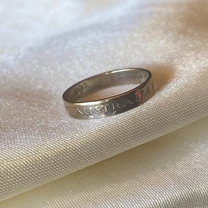 1960 Australia Threepence Coin Ring